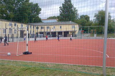 Sportanlage an den Bunten Gärten mit Kunststoffspielfeld, Foto: planart4