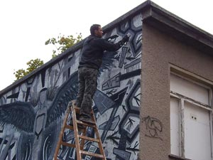 Künstler an der Art-Mauer auf dem Sonnenberg, 2012