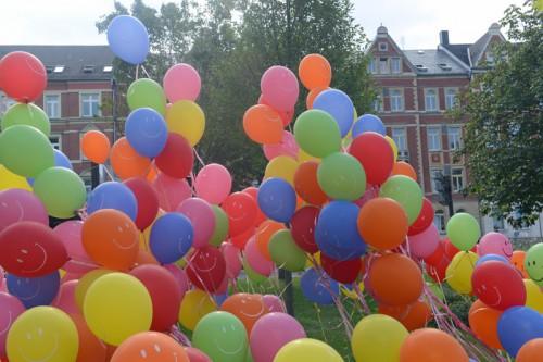 Ballons vor Sachsenallee