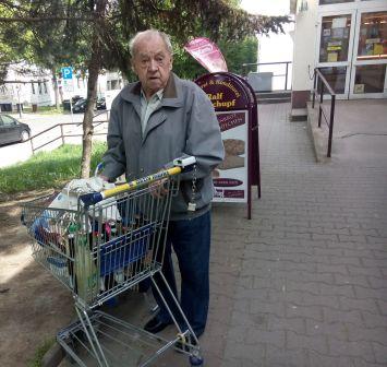 Siegfried Hofmann (84)